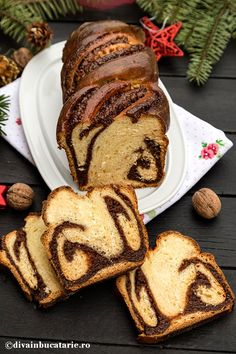 cozonac-costa-d'oro-2a Sweet Bread, Caramel, French Toast, Bakery, Deserts, Cooking Recipes, Christmas Recipes, Breakfast, Afternoon Snacks