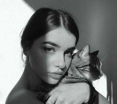 Ideas For Instagram Photos, Insta Photo Ideas, Girl Photo Poses, Girl Photos, Kreative Portraits, Model Poses Photography, Selfie Poses, Jolie Photo, Bad Girl Aesthetic