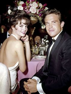 wow she really was so beautiful!! Natalie Wood