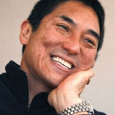 """""""[Your avatar] should be 90 percent your face.""""  Guy Kawasaki: 10 Tips for a Huge Social Media Following"""