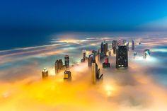 I grattaceli di Dubai avvolti dalla nebbia - Corriere.it