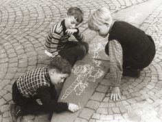Helen Levitt's photographs of children scrawling... | Tallis Photography