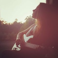 Soul-searching by the window...  Reflexões à janela...  . . . #music #guitar #sunset #girl #musician #rapariga #photography #picoftheday #fotododia #WednesdayWisdom #Wednesday #quarta #coolmusic #newmusic #beauty #nomakeup #nmm #nature #natureza #natural #lookdodia #semmaquilhagem #selfie #guitarra #electric #outubro #fall #fotododia #outono #october