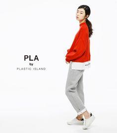 """awesome  플라스틱아일랜드의 세컨브랜드 """"PLA BY""""의 2017 SPRING 메인컷이 공개 됐어요. 캐주얼라인으로 편하게, 스타일리시하게 연출 할 수 있..."""