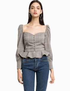 Plaid Puffy Sleeve Bustier Peplum Shirt Made by polyester , elastaneLength is wearing a size small and model's height is Size Small Look Fashion, Korean Fashion, Womens Fashion, Fashion Design, Fashion Trends, Trendy Outfits, Cute Outfits, Bustier, Trendy Tops