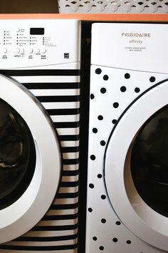Stripes and Dots! Elsie's Washer & Dryer Makeover - A Beautiful Mess What a cute idea! Just electrical tape. Diy Interior, Electrical Tape, Laundry In Bathroom, Laundry Rooms, Mud Rooms, Beautiful Mess, Home Hacks, Cool Stuff, Washer And Dryer