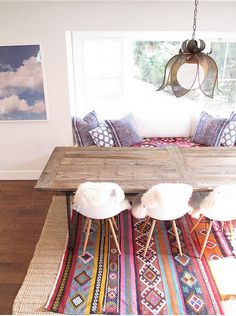 my turkish rug would look great under a table like this