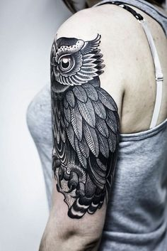 Modelos de Tatuagem Feminina de Coruja