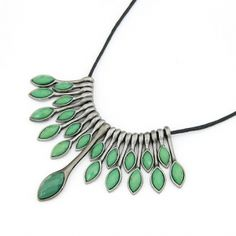 Peacock Leather Cord Green Short Necklace