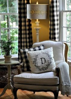 Elegant Home Interior love the idea of plaid curtains for my living room. I just might have to start looking for fabric Home Interior love the idea of plaid curtains for my living room. I just might have to start looking for fabric French Country Bedrooms, French Country Living Room, Country French, Country Style, French Cottage, Country Kitchen, French Living Rooms, Cozy Kitchen, Shabby Cottage