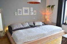Wir wollten schon ewig ein Familienbett bauen. Jetzt hat es endlich geklappt und entstanden ist ein 280x200 großes Bett für die ganze Familie