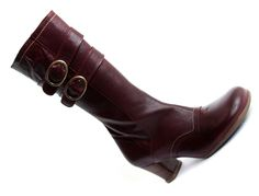 Mr. Fluevog, if you're out there, please reissue these in a 7 1/2!!