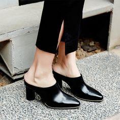 #chiko #chikoshoes #shoes #fashion #fashionable #style #lookbook #spring #summer #2018 #new #best #streetstyle #chic #trend #streetfashion #heels #slipon #edgy #mules #stylish