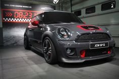 Gets your heart racing (even when standing still). Mini Countryman, Mini Clubman, Royce, Jaguar, Mini Coper, Mini Lifestyle, Cooper Car, John Cooper Works, Engin