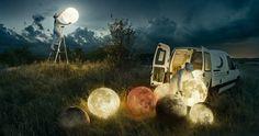 Der schwedische FotografErik Johanssonist bekannt für seine beeindruckenden Bilder, auf denen er gerne mal mit unserer optischen Wahrnehmung spielt. Für…
