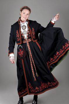 Ethnic Fashion, Girl Fashion, Womens Fashion, Folk Costume, Costumes, Historical Clothing, Apparel Design, Traditional Dresses, Costume Design