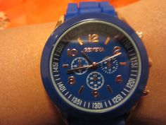 Electric blue watch de Victoriaprettyangels en Etsy