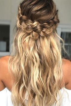 Check prom hairstyles updos medium shoulder length messy buns, prom hairstyles for long hair updo tutorial up dos, prom hairstyles half up half down m. Loose Curls Hairstyles, Braided Hairstyles Tutorials, Wedding Hairstyles For Long Hair, Hairstyle Ideas, Bridal Hairstyle, Straight Hairstyles Prom, Curled Hairstyles For Medium Hair, Simple Homecoming Hairstyles, Prom Hairstyles Half Up Half Down