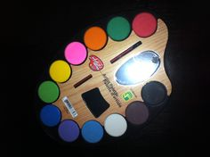 Great birthday party favor or art pallet for the birthday party