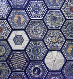 Tiles in the Figueroa Hotel in downtown Los Angeles, photography by Sam Howzit   Hexagon