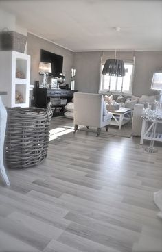 grey walls with wood floors bedroom colors with hardwood floors best grey flooring ideas on grey hardwood floors grey wood floors grey wall color for light wood floors Living Room Wood Floor, Living Room Flooring, Living Room Grey, Living Room Decor, Living Rooms, Bathroom Flooring, Apartment Living, Family Rooms, Garage Flooring