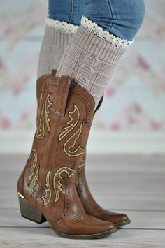 BEIGE WHEAT BOOT CUFFS Jazzy and comfy ! All time favorite wheat patterned warm boot cuffs for that casual chic look ! You can't go wrong with these versatile hand crafted boot cuffs. Don't like the lace part every day all day? No problem, flip it and it is gone.