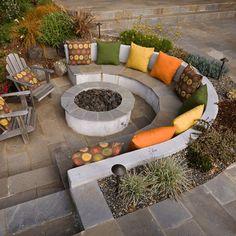 Fire Pit Seating, Fire Pit Area, Backyard Seating, Diy Fire Pit, Backyard Retreat, Fire Pit Backyard, Garden Seating, Backyard Patio, Backyard Landscaping