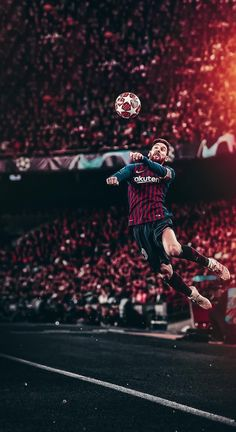 Lionel Messi heads in the Champions League of FC Barcelona Messi Pictures, Messi Photos, Lionel Messi Wallpapers, Ronaldo Wallpapers, Fcb Wallpapers, Lionel Messi Barcelona, Barcelona Team, Ronaldo Football, Messi Soccer