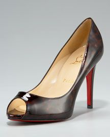 Tortoise Patent Pump.... I love these shoes!  I want these..