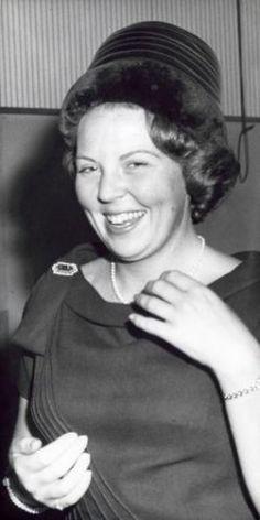 Kroonprinses Beatrix bij de viering van het 10-jarig jubileum van de Orde van Advocaten. 27 september 1962