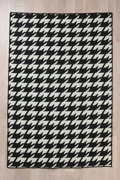Wool Flat Weave Houndstooth Rug  #UrbanOutfitters