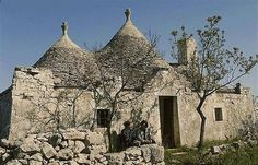 The Trulli houses (Trullo, singular) of Puglia, Italy are something quite extraordinary. I became enamored with them when I was looking at . Vernacular Architecture, Architecture Design, Alberobello Italy, I Love House, Building Images, Puglia Italy, Sense Of Place, Bari, Traditional House