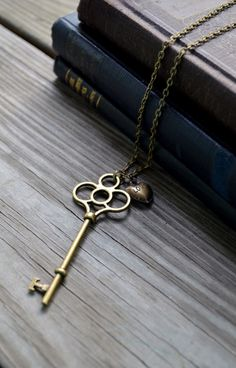 Skeleton Key Necklace by cynicalredhead