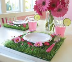 Table Setting. Wish I could find the original  source of this picture
