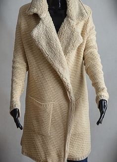 Kup mój przedmiot na #vintedpl http://www.vinted.pl/damska-odziez/dlugie-swetry/13134563-swietny-sweter-stradivarius