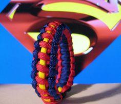Superman Inspired Survival Strap Paracord Bracelet Custom Sized Wristband. via Etsy. Macrame Projects, Paracord Projects, Paracord Ideas, Paracord Tutorial, Paracord Knots, Paracord Bracelets, Rope Knots, Make Your Own Bracelet, Bracelet Making