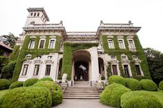 Villa Erba Wedding - Lake Como Wedding Venues - Como in Style Interior Exterior, Exterior Design, Old Mansions, Mega Mansions, Fancy Houses, Dream Houses, Lake Como Wedding, Sims, Victorian Architecture