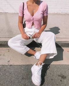 Aesthetic Fashion, Aesthetic Clothes, Look Fashion, 90s Fashion, Fashion Outfits, Aesthetic Outfit, 90s Aesthetic, Fashion Clothes, Retro Fashion 80s