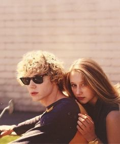 Tate and Violet - American Horror Story
