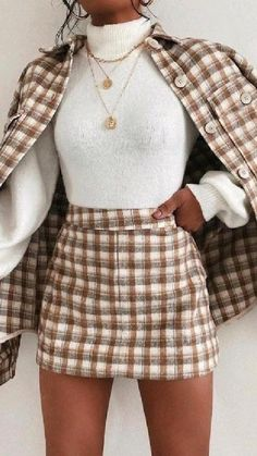 Chic Winter Outfits, Classy Outfits, Simple Outfits, Beautiful Outfits, Trendy Outfits, Cool Outfits, Fashion Outfits, Fashion Trends, Girly Girl Outfits
