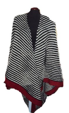 Ravelry: Project Gallery for Wing Shawl - Diagonal Stripes pattern by Vivian Høxbro