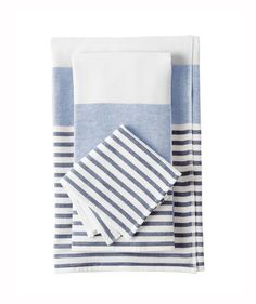 Fouta Bath Collection | Take advantage of the brand's friends and family sale (everything's 20 percent off!) and get your space ready for warmer weather. Don't miss out—it runs from March 16 through 20. Use the code MUSTHAVE to get the discount when you checkout.