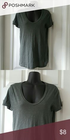 JCREW Vintage Cotton Tee JCREW Vintage Cotton V Neck Tee in dark Gray. Only worn once. Wrinkled from wash. Length from shoulder to hem is approx 26 inches. 100% Cotton. From the original JCREW. J. Crew Tops Tees - Short Sleeve