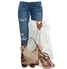 Casual Outfit. I love this combo. I could easily add a cardi for cooler weather