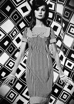 Jean Shrimpton photo by Horst 1965