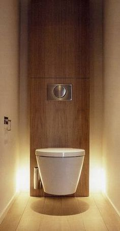 Wood column WC with light effect c&m: witziges design, rückwand aus stein bevorzugt. licht super!