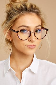 Rumours Blue Light Glasses In Tortoise Rumours Blue Light Glasses In Tortoise,Beauty See right through the Rumours. A standout injection plastic cat eye with metal nose bridge encompasses medium sized blue light lenses. Cute Glasses, New Glasses, Cat Eye Glasses, Girls With Glasses, Girl Glasses, Glasses Style, Glasses Online, Womens Designer Glasses, Designer Glasses Frames