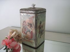 BEAUTIFUL ANTIQUE FRENCH COFFEE TIN CONTAINER CANISTER WITH ROMANTIC COUPLES