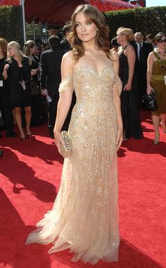 Olivia Wilde from Best Dressed Stars Ever at the Emmys Olivia Wilde never disappoints on the red carpet, and 2007 was no exception. She glowed in this shimmering dress by Zuhair Murad. Zuhair Murad Dresses, Marchesa Gowns, Celebrity Red Carpet, Celebrity Dresses, Beautiful Dresses, Nice Dresses, The Emmys, Fashion Line, Formal Fashion