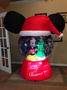 gemmy used christmas mickey mouse snow globe inflatable airblown